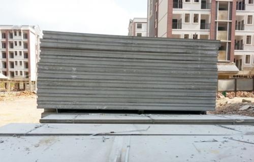 复合隔墙板